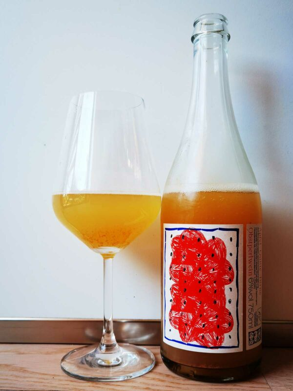 Luka Zeichmann Obstperlwein 2020 glass